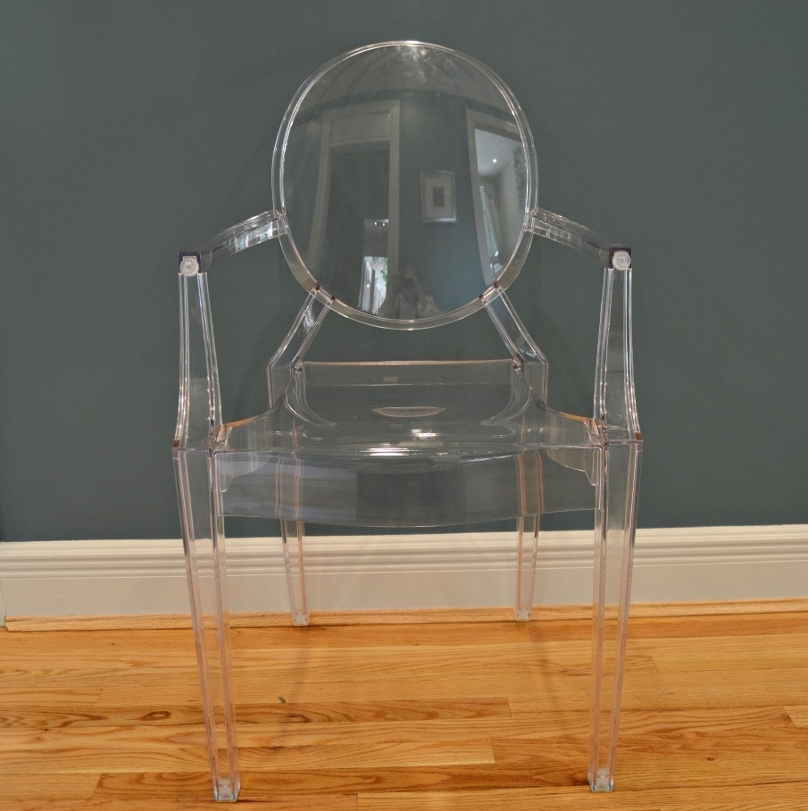 """Kartell """"Louis Ghost"""" Acrylic Chair by Philippe Starck"""