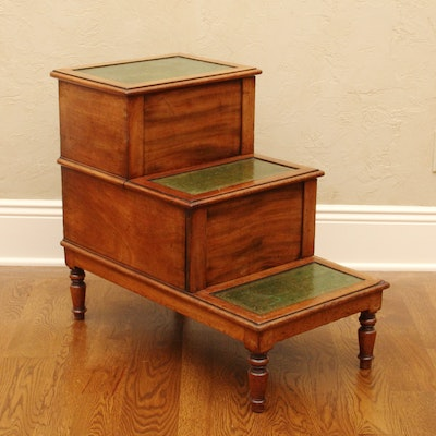 Vintage benches auction antique benches auction in fine for Hidden storage side table