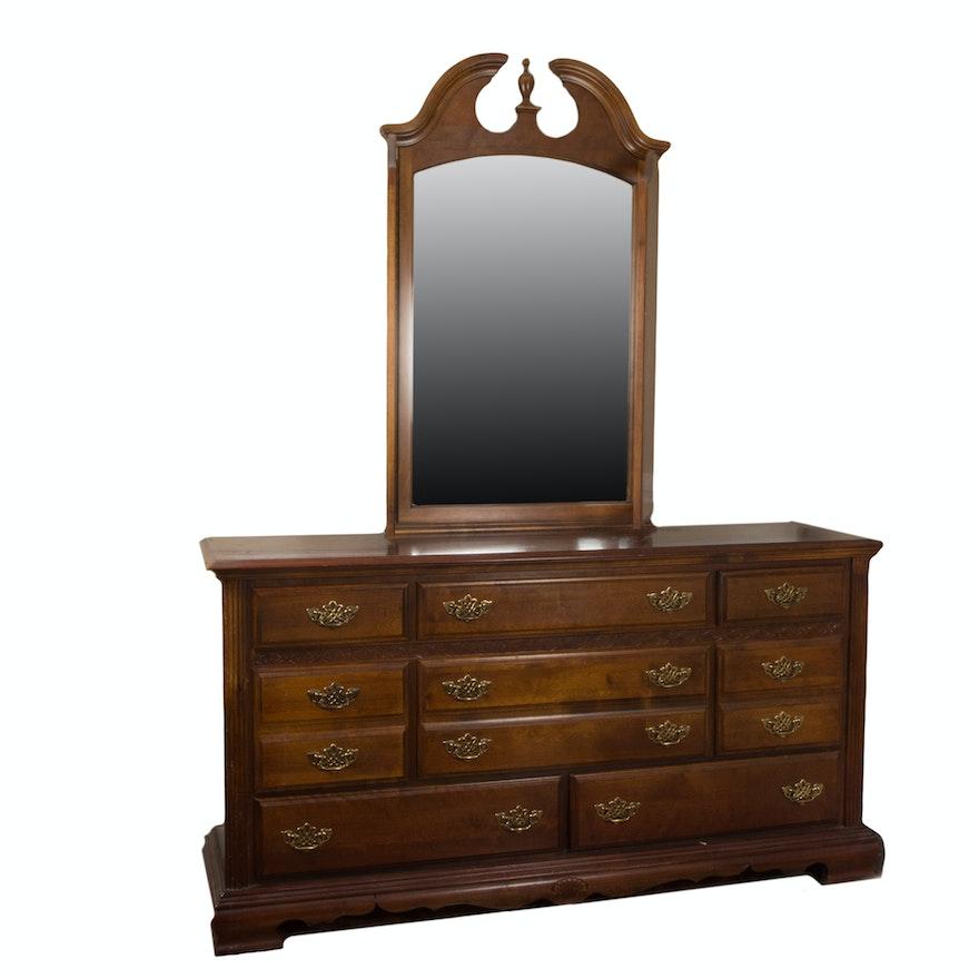 Webb Furniture Dresser With Mirror