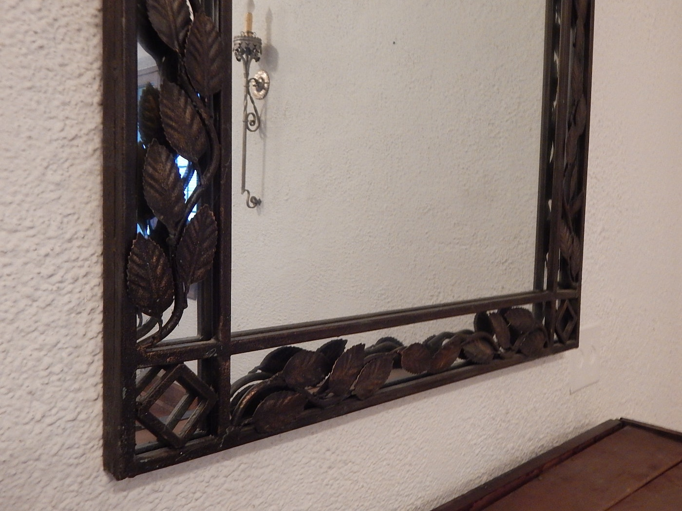 Aluminum Frame Wall : Large wall mirror with metal frame ebth