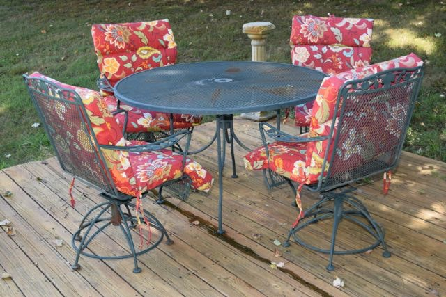 Wrought Iron Picnic Table And Four Chairs ...