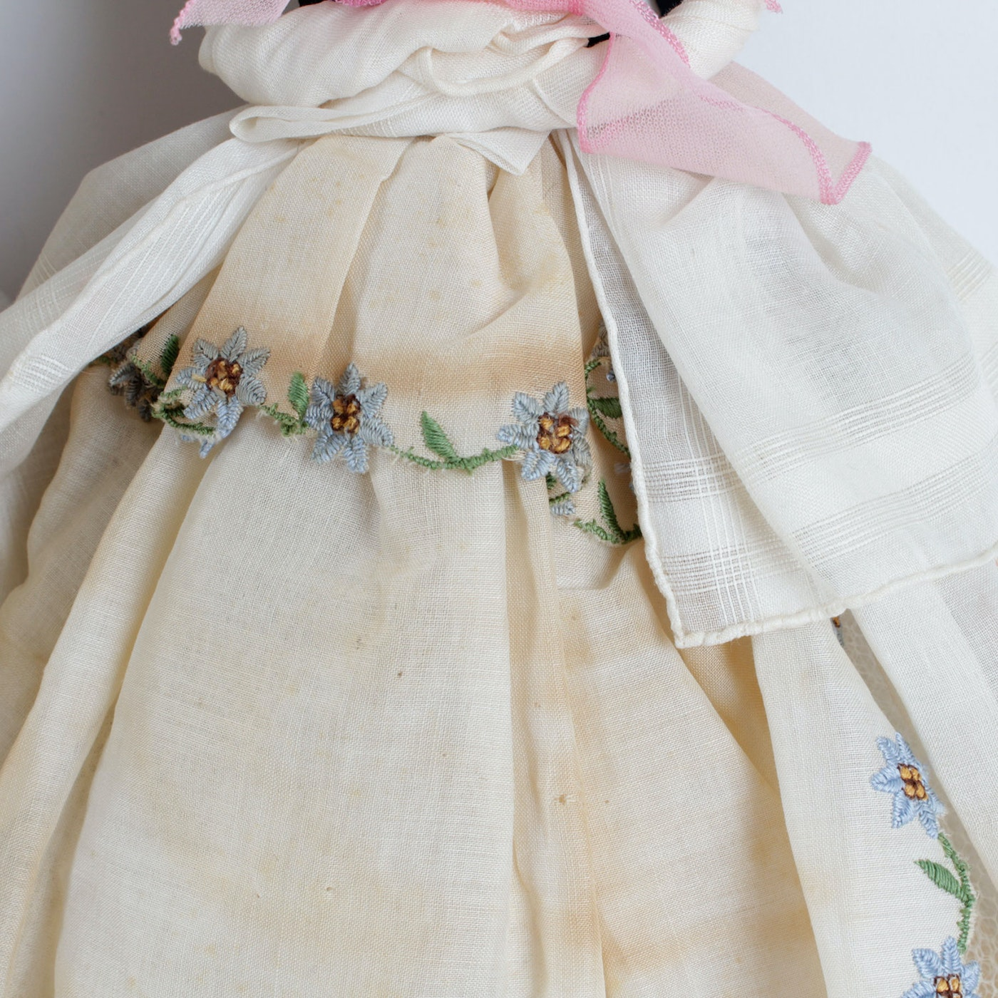 Neiman Marcus Pink Home Decor Ebth: Vintage Handkerchief Doll From Neiman Marcus And A Larger