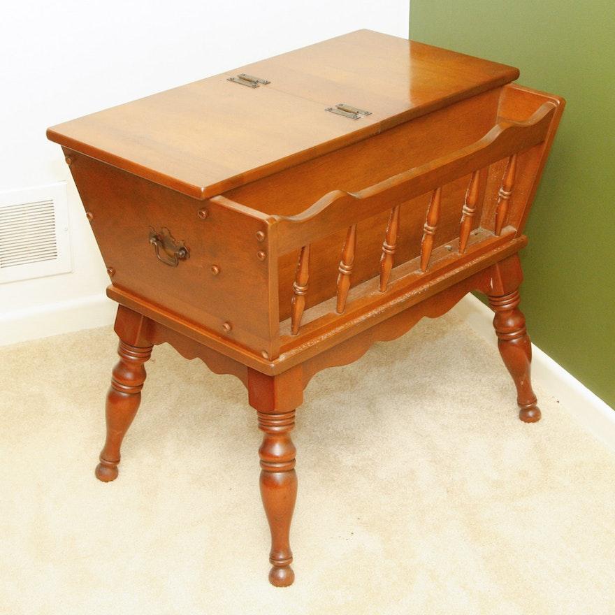 Ethan Allen Maple Coffee Table: Ethan Allen Baumritter Dough Box Table