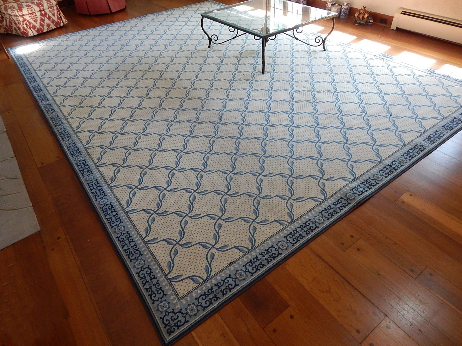 Large Blue And White Area Rug ...