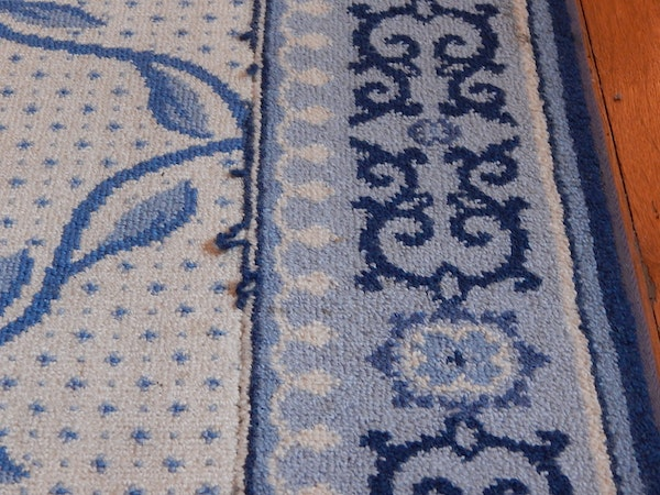 Large Black And White Area Rugs: Large Blue And White Area Rug : EBTH