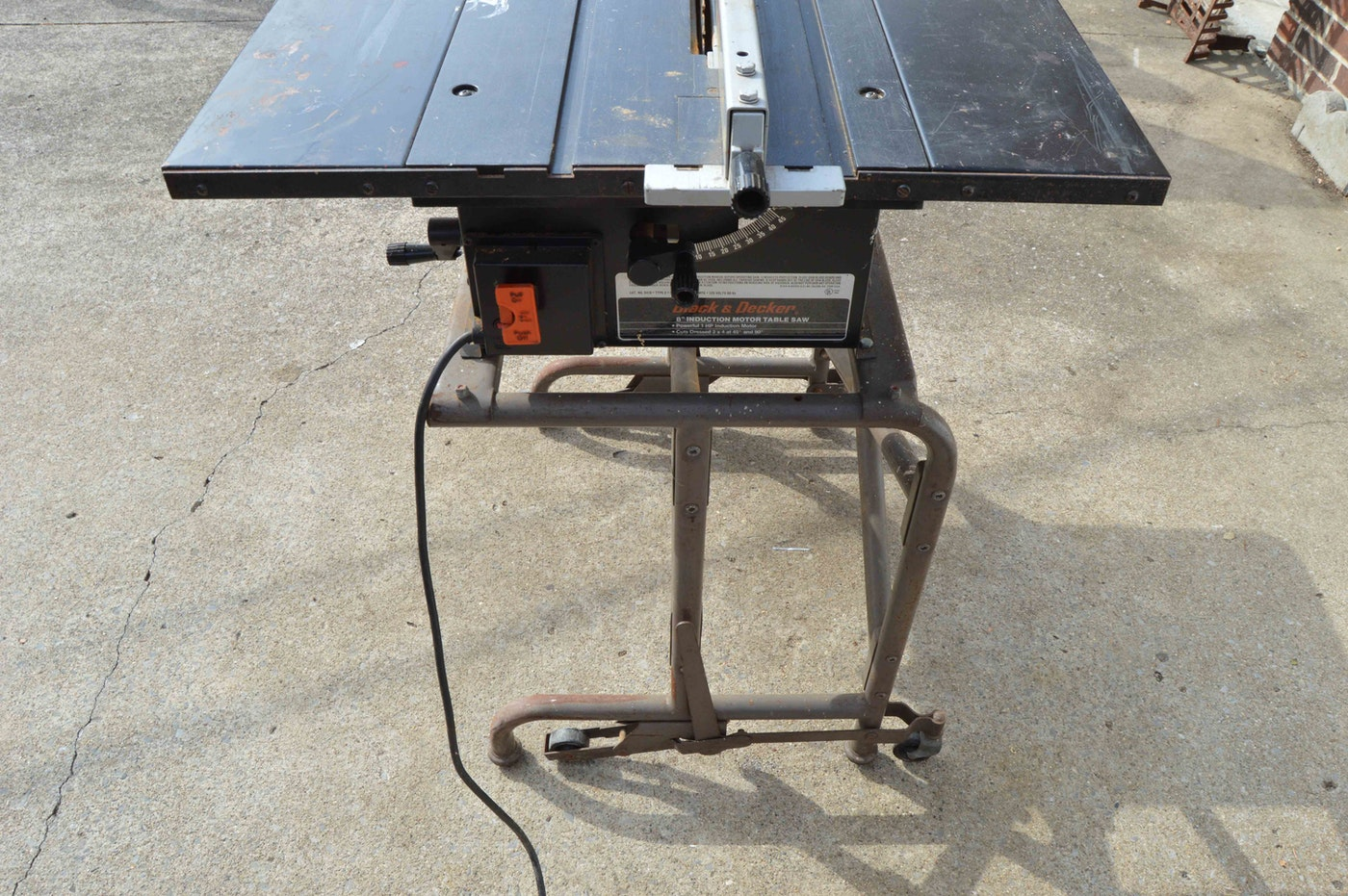 Black decker 8 induction motor table saw ebth for Table induction
