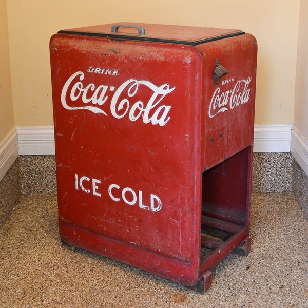 Vintage coca cola drink cooler ebth for 1 door retro coke cooler