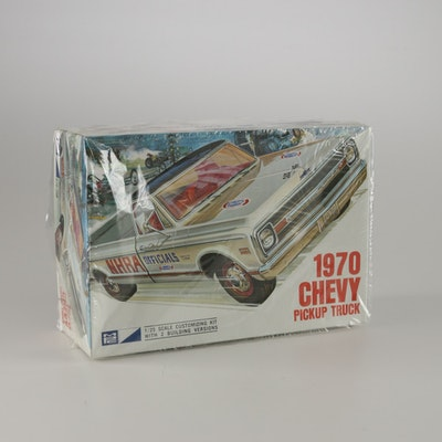 vintage model auctions vintage model kits for sale in collectibles models die cast cars and. Black Bedroom Furniture Sets. Home Design Ideas