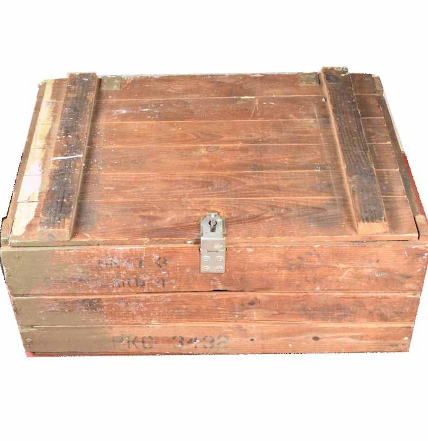 antique wood crate with hinged lid ebth