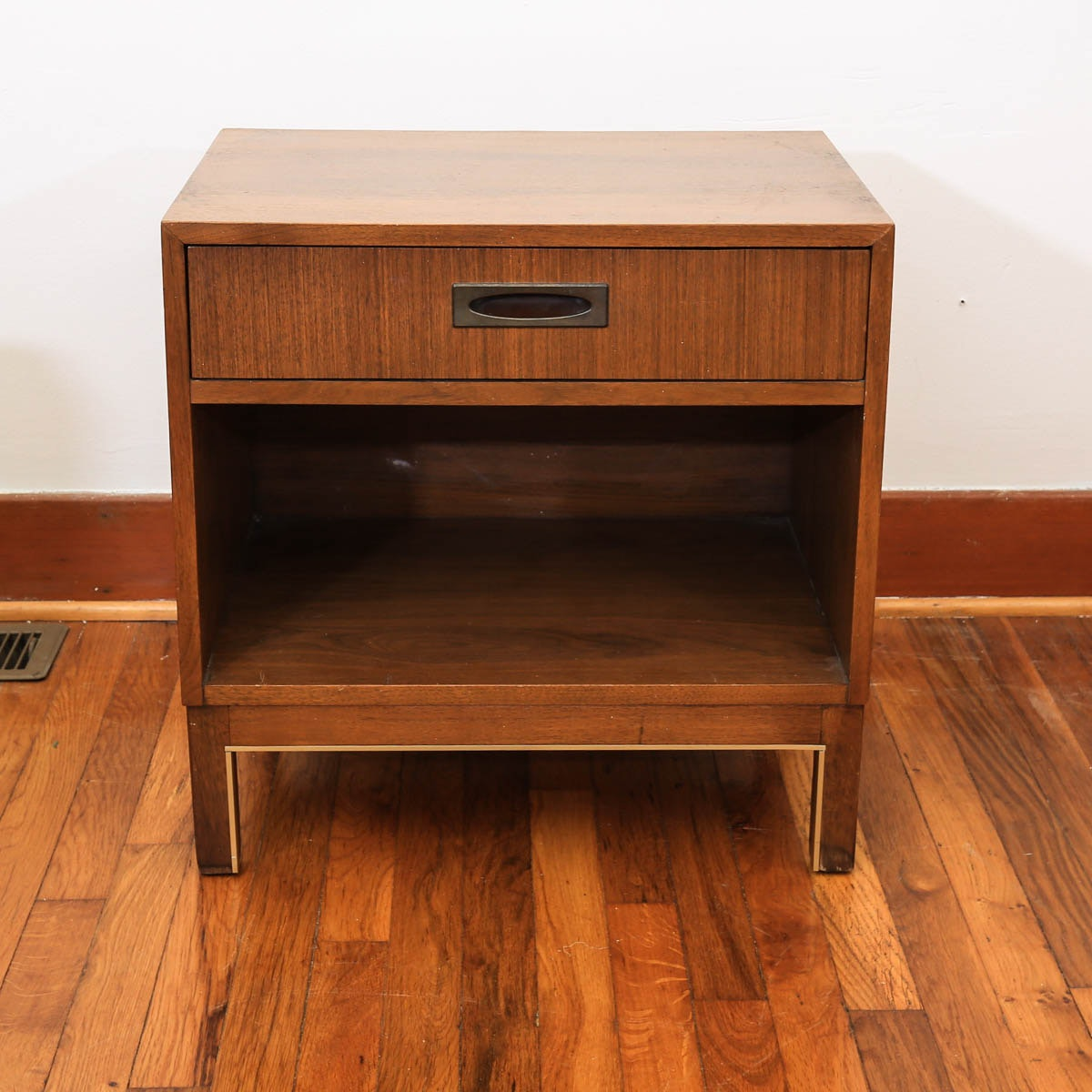 Mid Century Modern One-Drawer Side Table