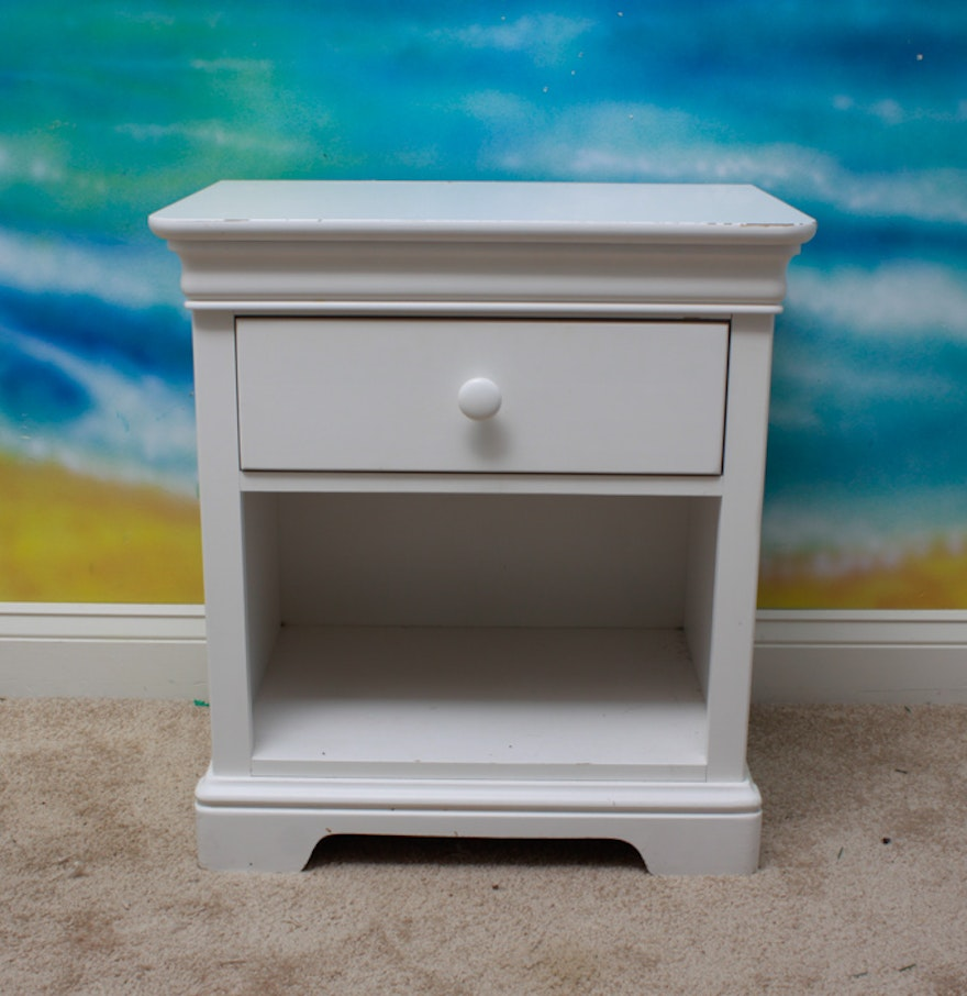 Stanley Furniture Young America Nightstand Ebth