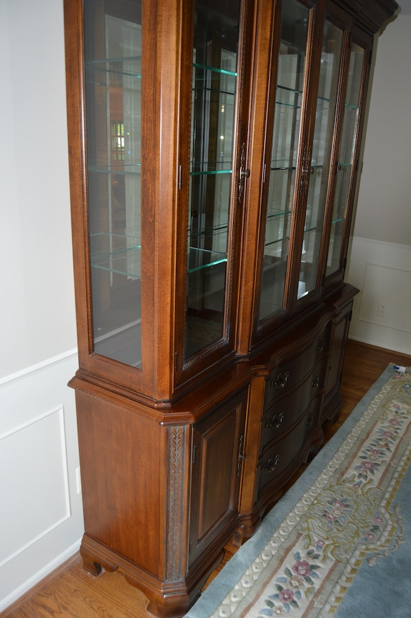 American Drew Dining Room Hutch