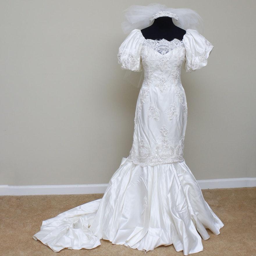 Vintage Priscilla Wedding Gown and Veil : EBTH