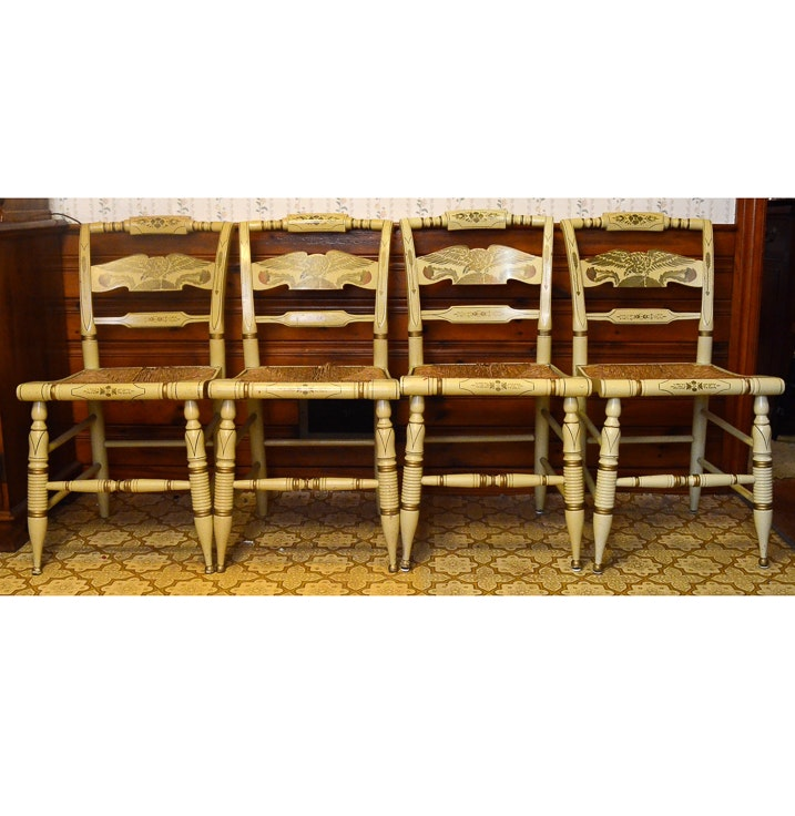 Incroyable Set Of Four Ethan Allen Hitchcock Painted Chairs ...