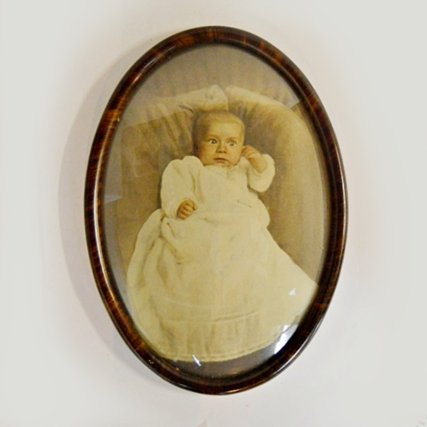 Childs Portrait In Antique Oval Frame With Convex Glass Ebth