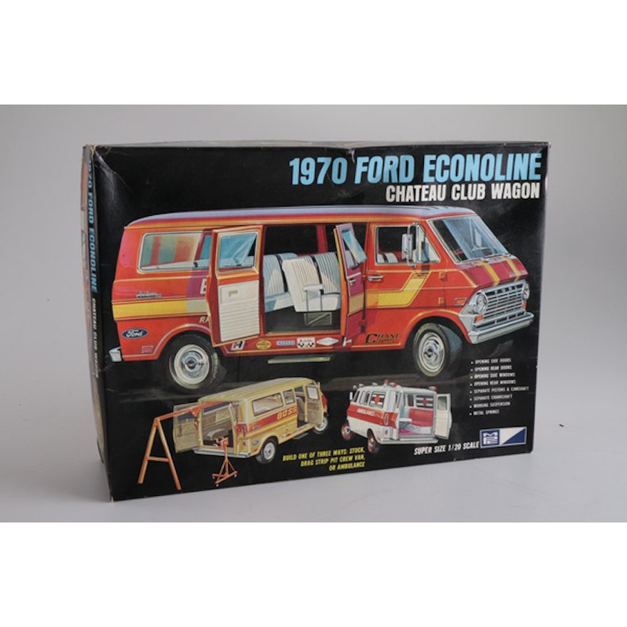 Scale Model of a 1970 Ford Econoline Chateau Club Wagon with a 1970 Ford  Club Wagon Dealer Brochure