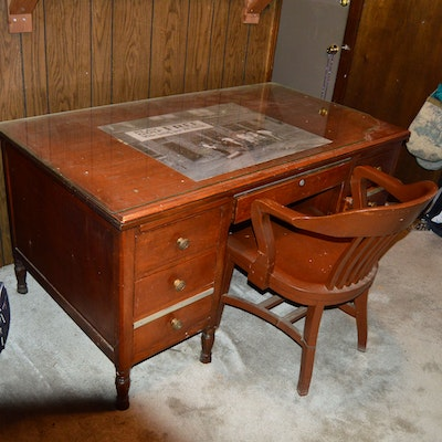 Vintage Desks Antique And Used Auction In Art Home