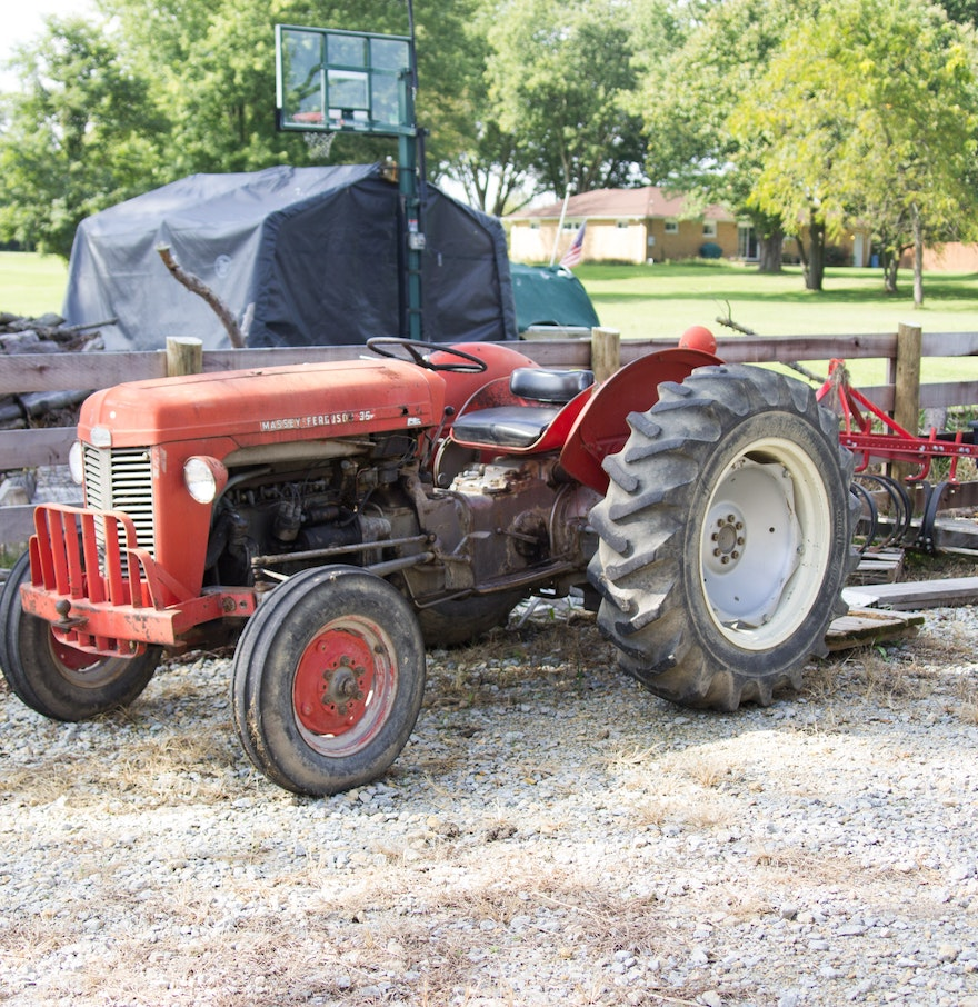 Ferguson To 35 Tractor : Massey ferguson to tractor with accessories ebth