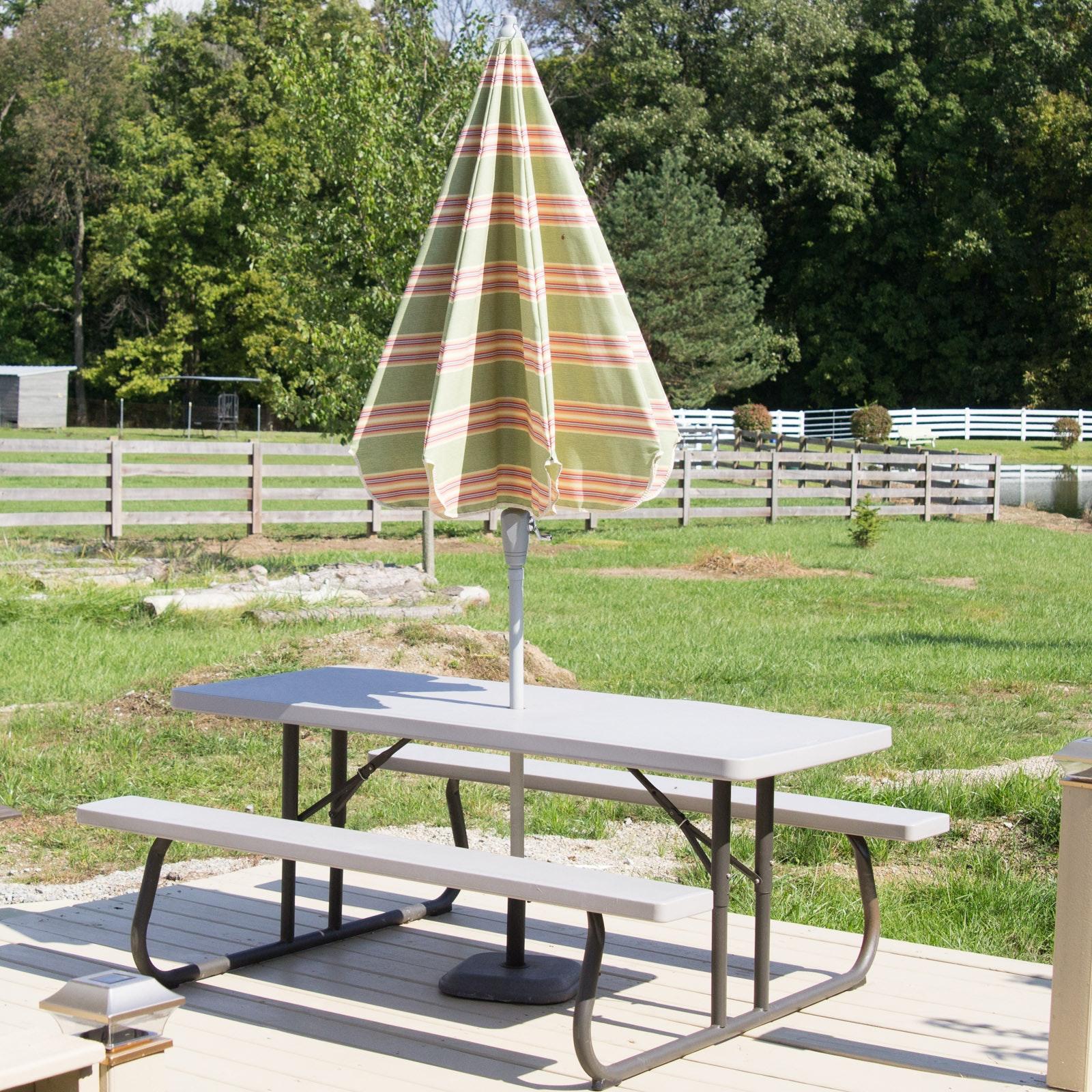 Lifetime Picnic Table With Arden Outdoor Umbrella ...
