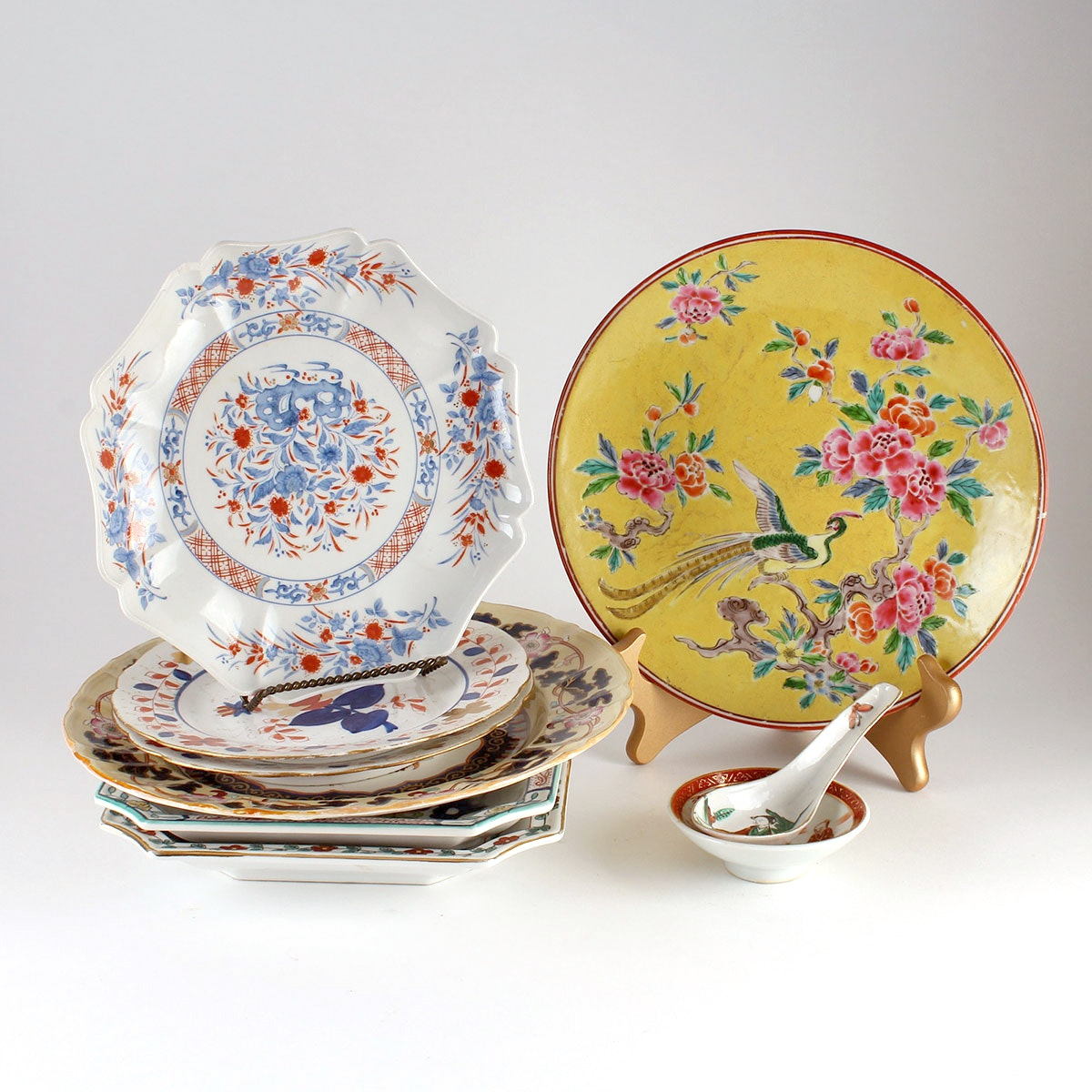 Asian and Asian Inspired China Pieces ...  sc 1 st  EBTH.com & Asian and Asian Inspired China Pieces : EBTH