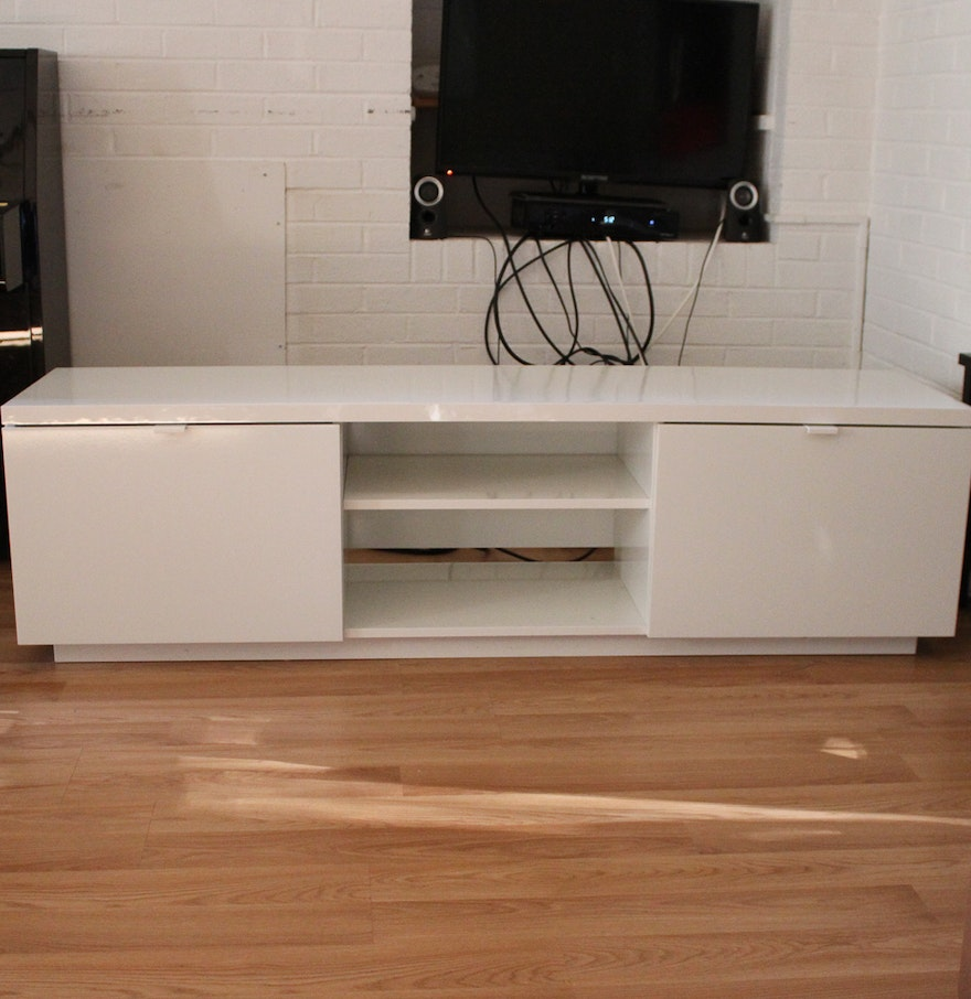 ikea by s tv stand ebth. Black Bedroom Furniture Sets. Home Design Ideas