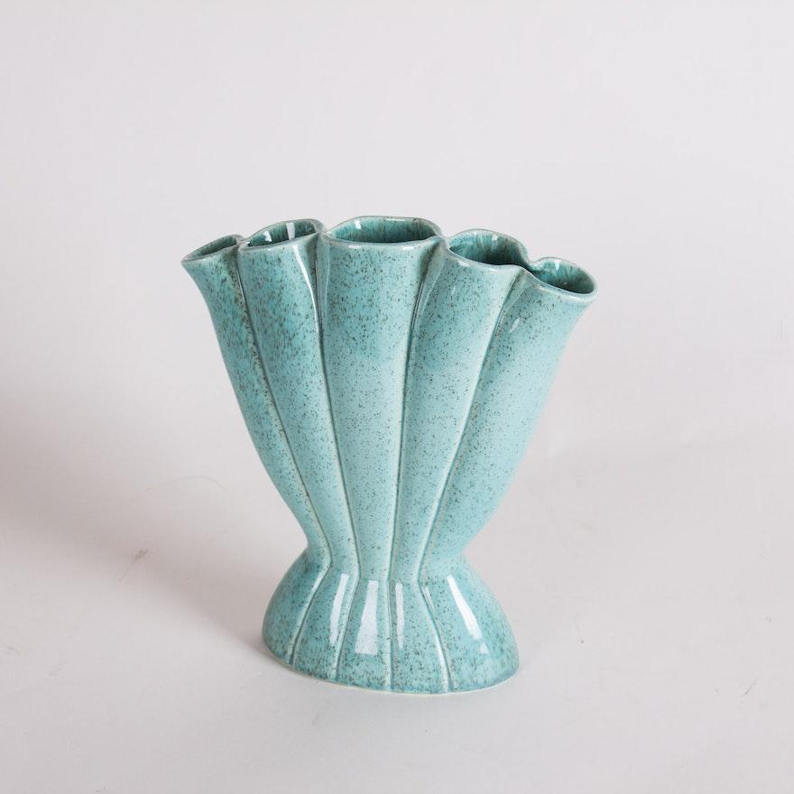 Vintage Signed Red Wing Gladiolus Vase Ebth
