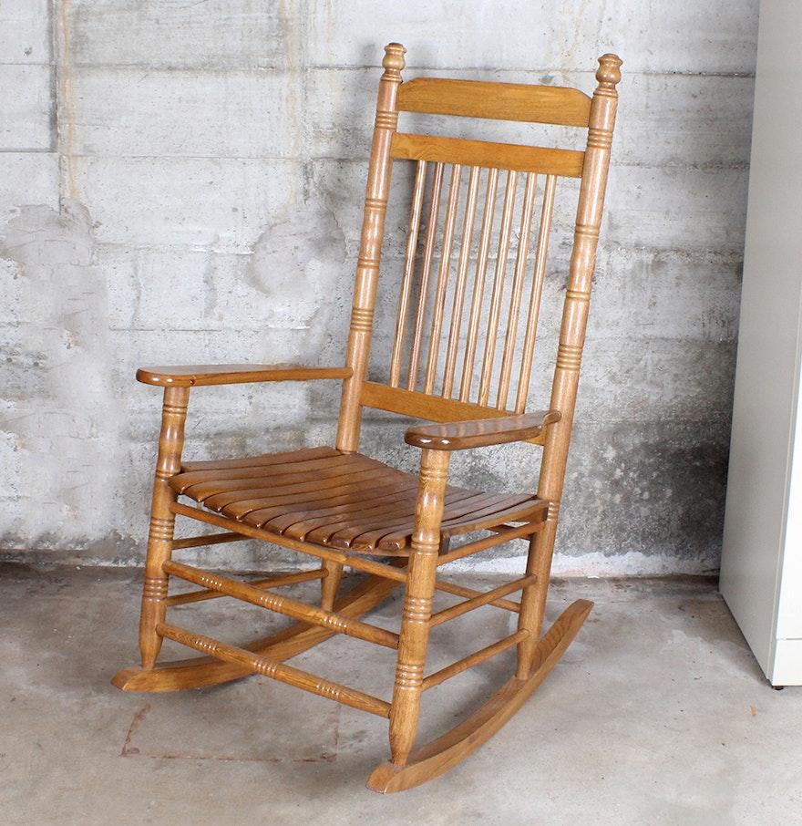 The Cracker Barrel Rocker Rocking Chair EBTH