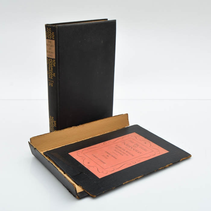 """1930 Limited Edition """"The Picture of Dorian Gray"""" by Oscar Wilde"""