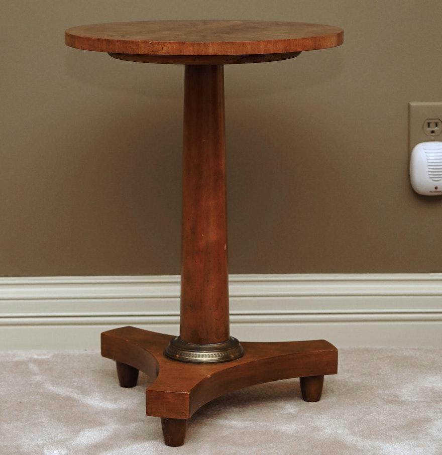 baker furniture round mahogany pedestal side table ebth. Black Bedroom Furniture Sets. Home Design Ideas