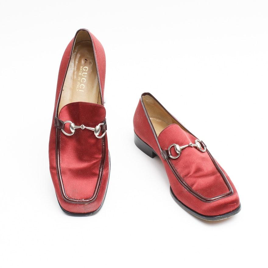 192236c16 Gucci Women's Vintage Silk Burgundy Loafers : EBTH