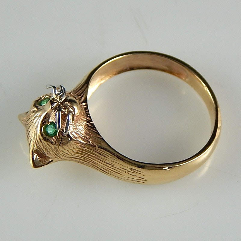 14K Yellow Gold and Emerald 'Cat' Ring