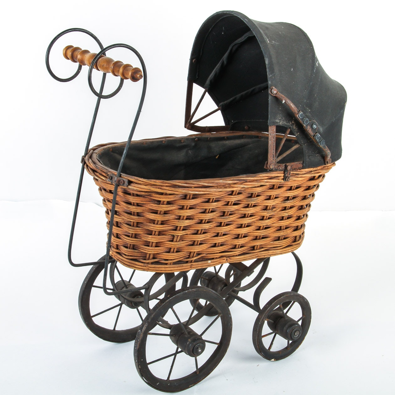 Vintage Doll Buggy 89