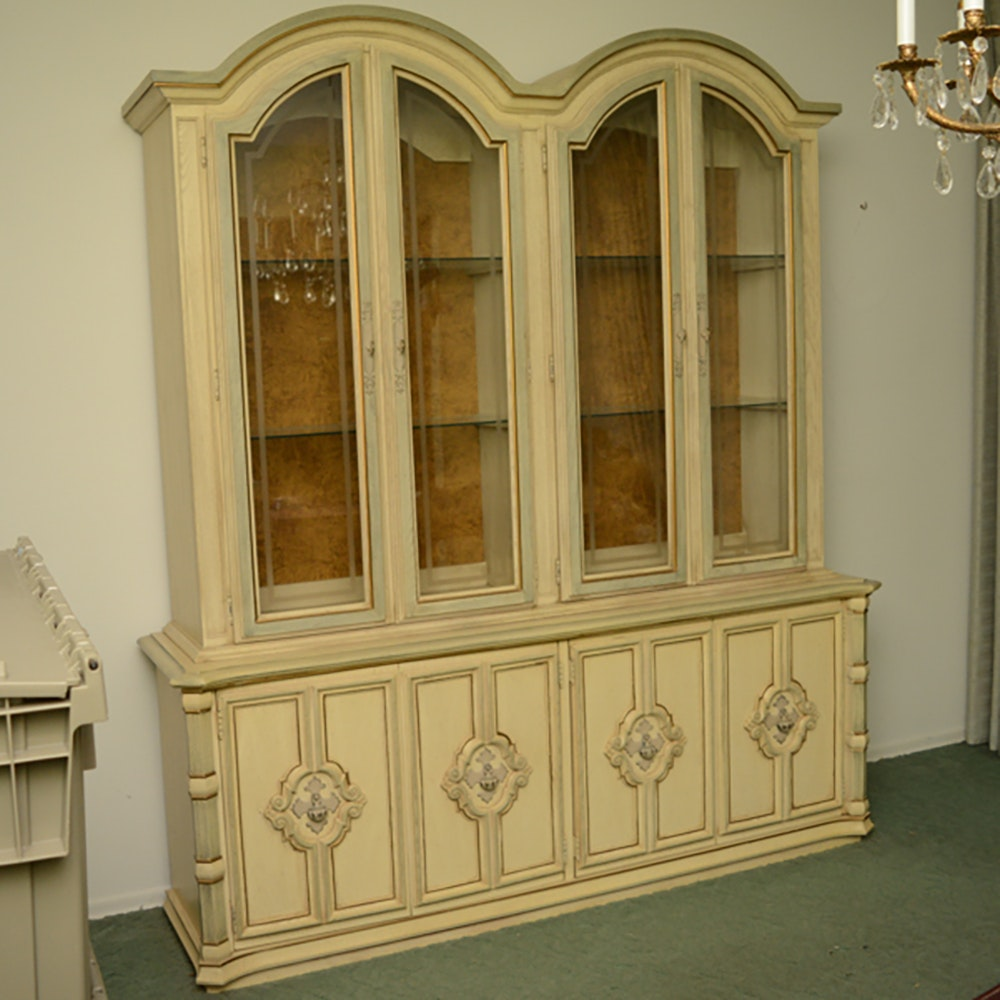 Merveilleux Vintage Stanley Furniture Blonde Finish China Cabinet ...