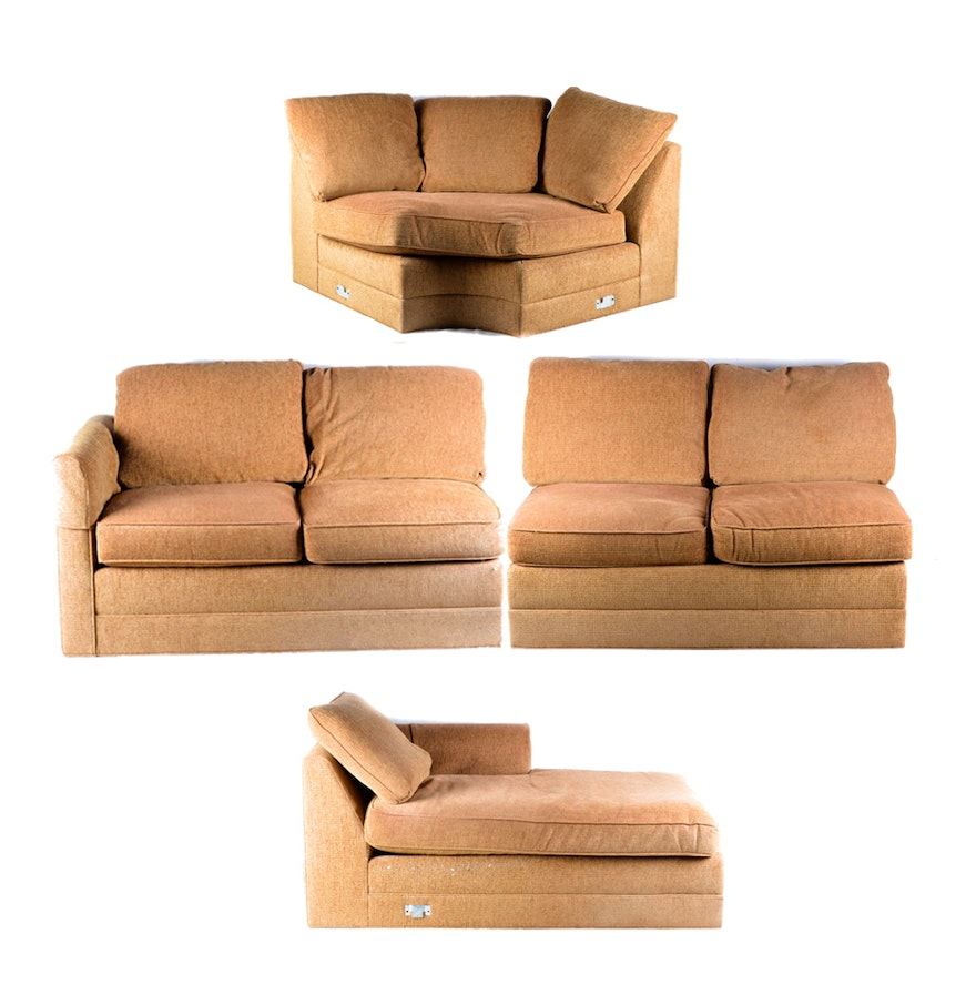 Throw Pillows Sectional : Large Sectional Sofa with Throw Pillows : EBTH