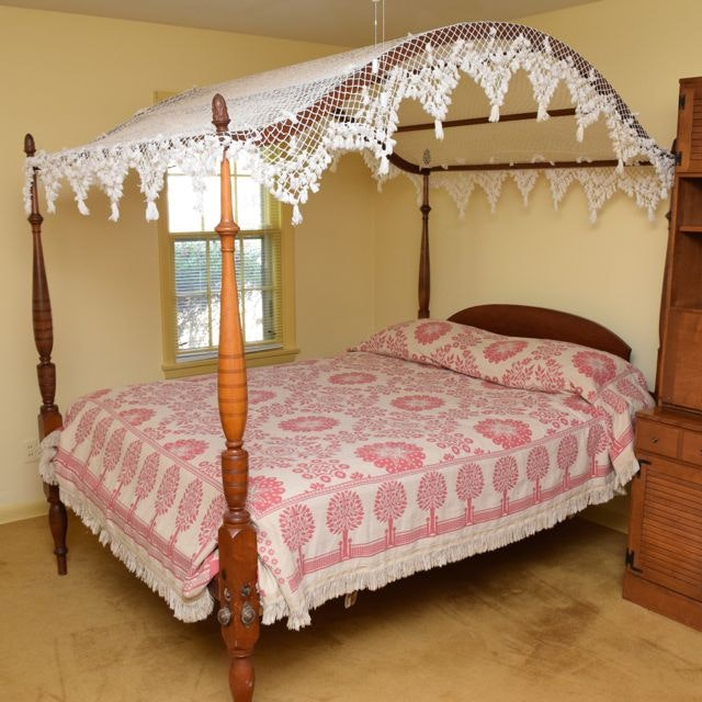Antique Queen-Sized Four-Poster Pine Bed
