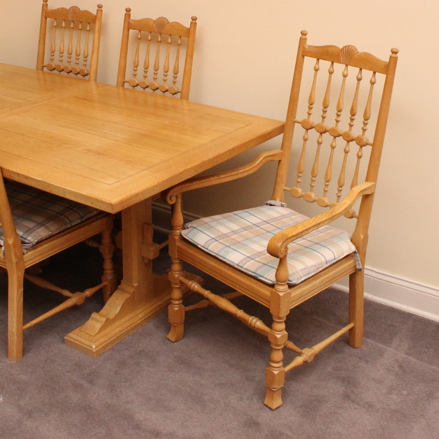 Vintage Henredon Dining Table And Chairs : EBTH