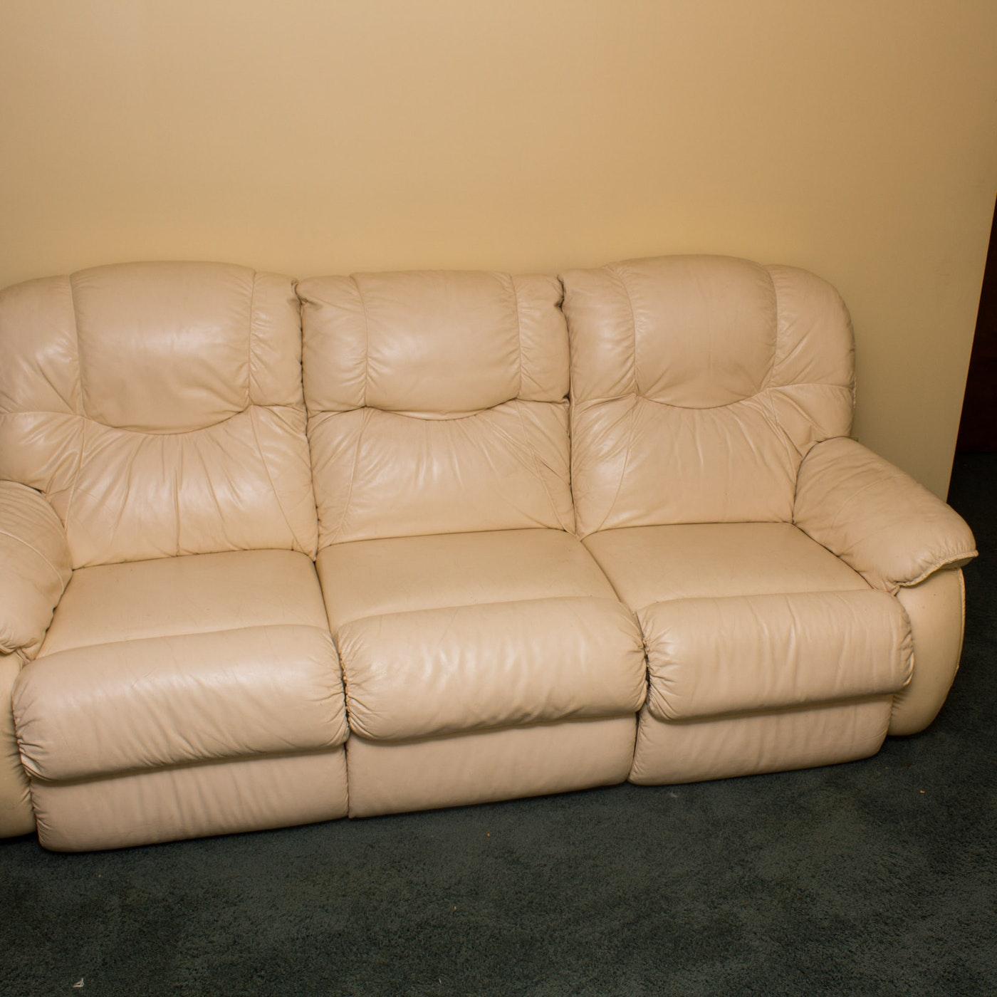 La Z Boy Leather Sectional Reclining Sofa Ebth