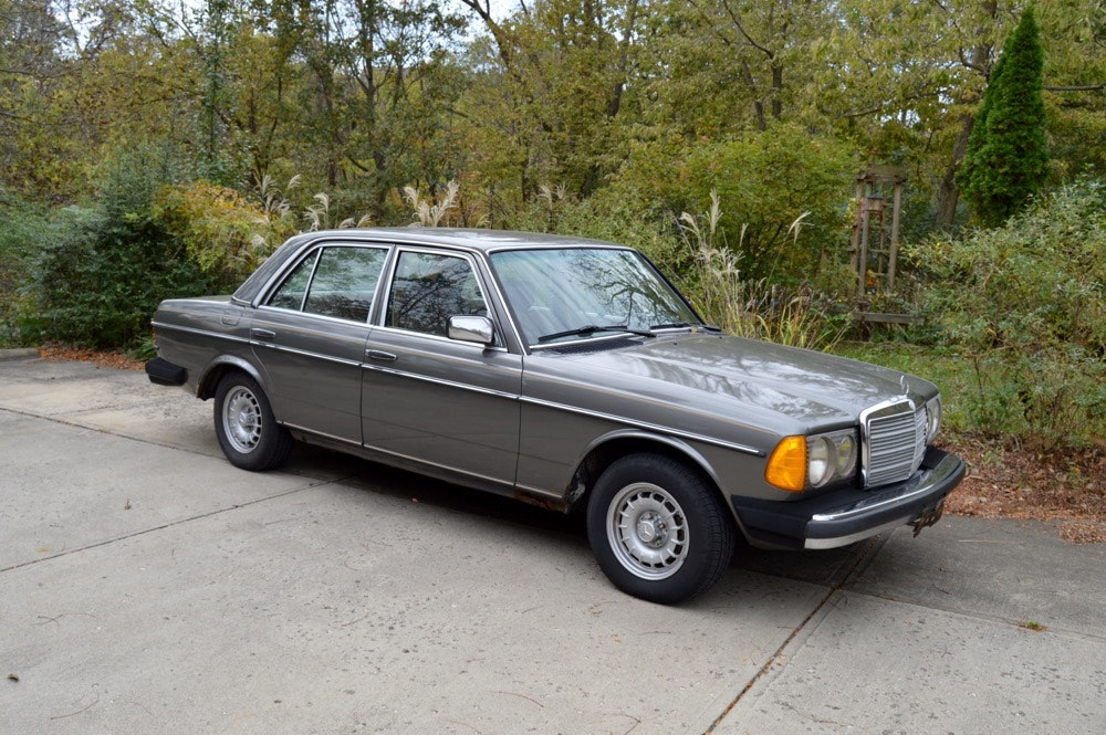 1985 Mercedes Benz 300 DT