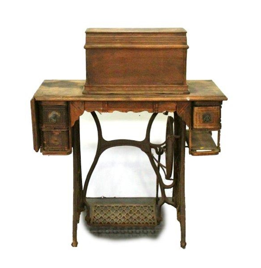 Antique singer coffin top sewing machine and table ebth for Best home decor sewing machine