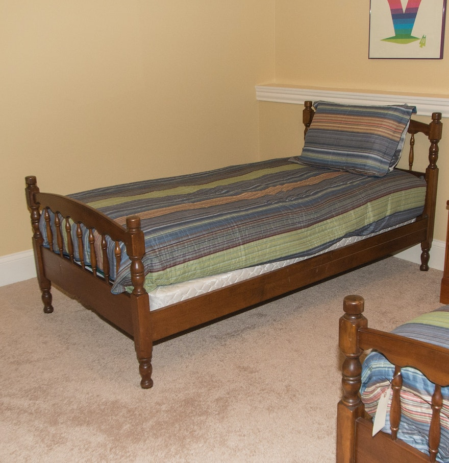 Stickley Furniture Twin Bed : EBTH