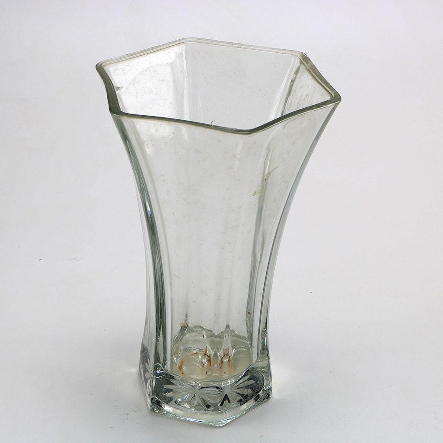 Hexagonal Hoosier Glass Vase Ebth