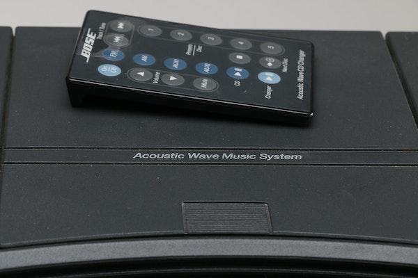 bose acoustic wave music system and multi disc changer ebth. Black Bedroom Furniture Sets. Home Design Ideas