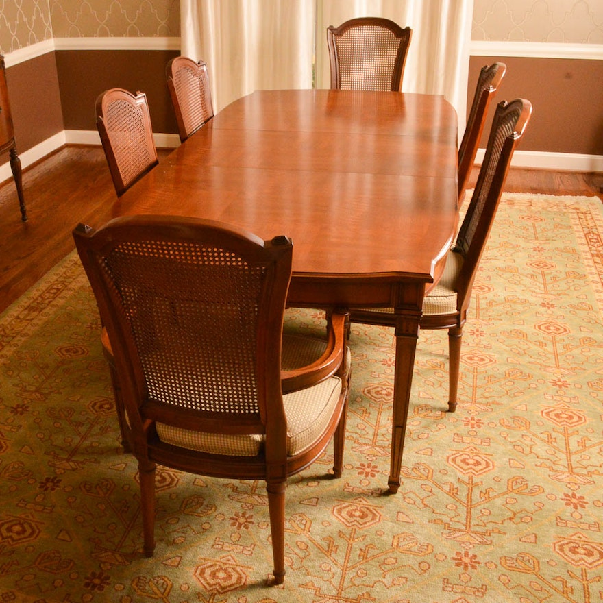 Vintage Henredon Sheraton Style Dining Table And Chairs