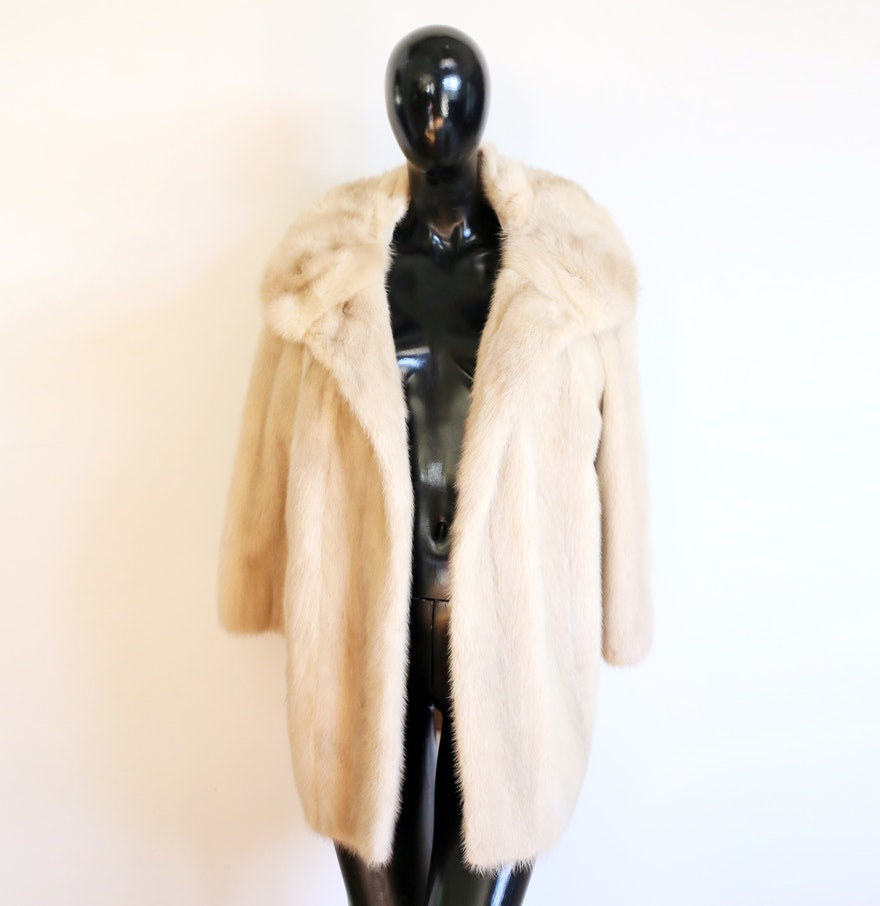 Vintage 1960s Champagne Mink Coat with Large Collar : EBTH