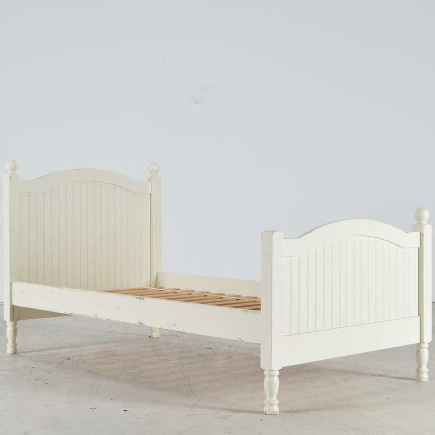 Pottery Barn Kids Catalina Twin Bed Frame : EBTH