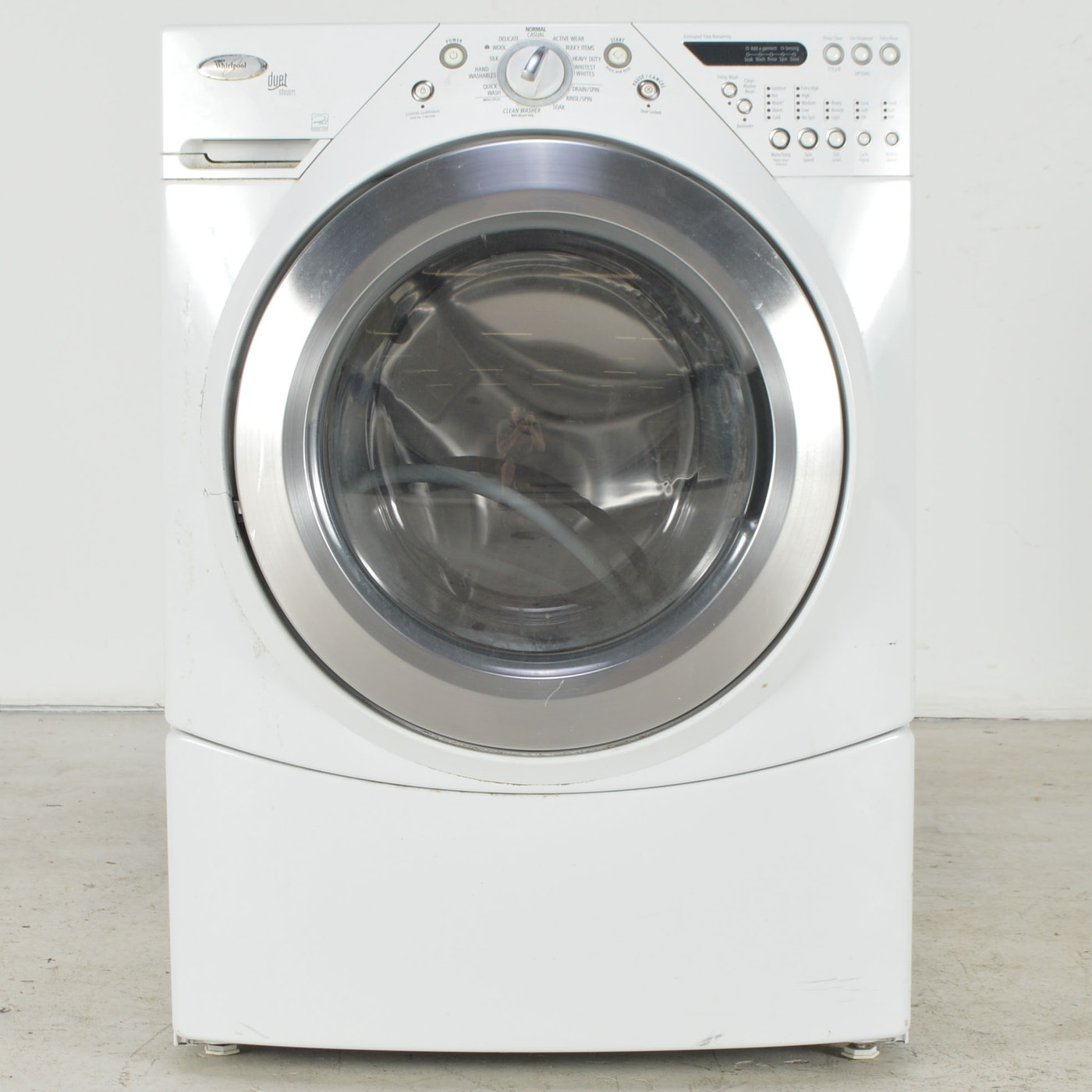 Whirlpool Duet Steam Front-Loading Washer : EBTH