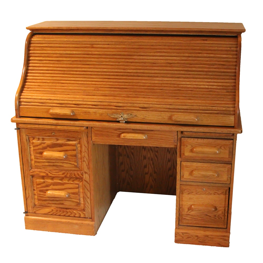 Late 20th Century Roll Top Desk By Eagle Craft Ebth