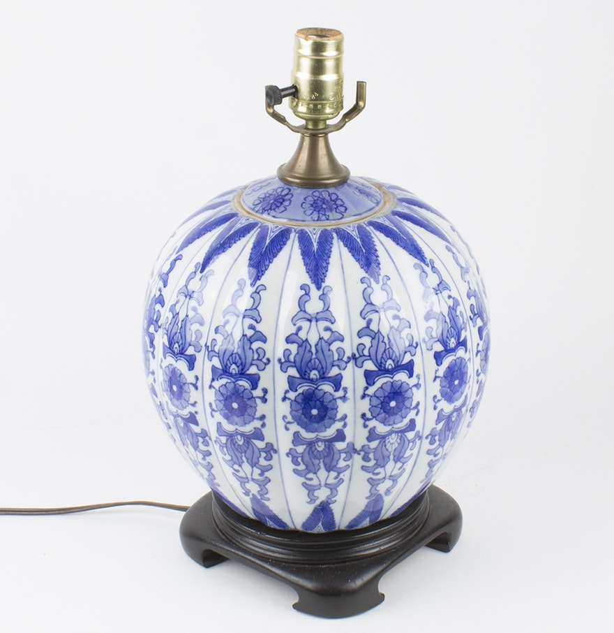 chinese blue and white porcelain table lamp ebth. Black Bedroom Furniture Sets. Home Design Ideas
