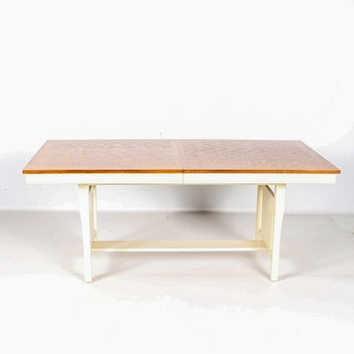 Jefferson Woodworking Co Duncan Phyfe Style Dining Table