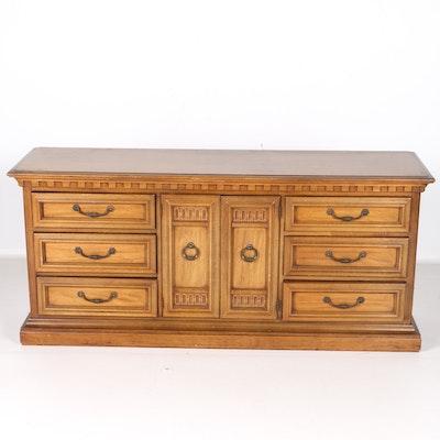 Oak Pulaski Furniture Gun Cabinet Ebth